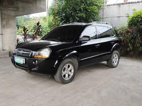 Selling Black Hyundai Tucson 2009 at 92000 km