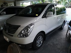 White Hyundai Grand Starex 2015 at 22227 km for sale