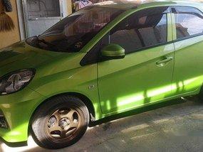 Selling Green Honda Brio 2016 at 35000 km
