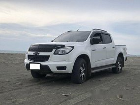Selling White Chevrolet Colorado 2015 at 40000 km