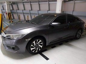 Sell 2018 Honda Civic in Makati