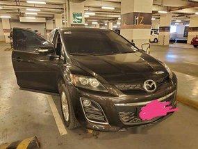 Black Mazda Cx-7 2011 at 60000 km for sale