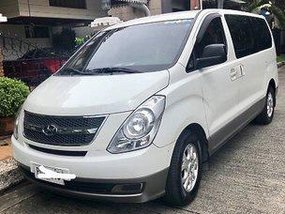 White Hyundai Grand Starex 2011 for sale in Quezon City
