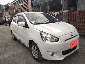 White Mitsubishi Mirage 2015 for sale in Automatic