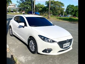 Pearl White Mazda 3 2015 Hatchback at  Automatic   for sale in Quezon City