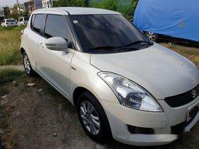 White Suzuki Swift 2015 for sale in Manila