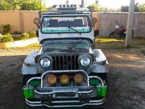 Silver Mitsubishi Jeep 2000 for sale in Medellin