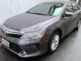 Selling Grey Toyota Camry 2016 in Manila