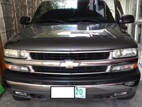 Grey Chevrolet Suburban 2002 for sale in Caloocan