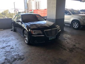 Black Chrysler 300c 2015 for sale in Valenzuela