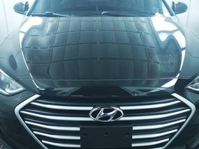 Black Hyundai Elantra 2016 for sale in Manila