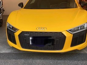 Selling Yellow Audi R8 2017 Coupe / Roadster in Manila