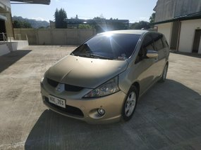 Mitsubishi Grandis 2010 for sale