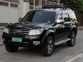 Selling Black Ford Everest 2012 in Quezon City