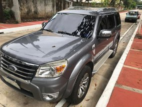 Grey Ford Everest 2011 for sale in Quezon City