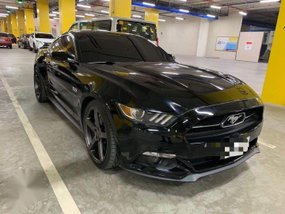 Sell Black 2015 Ford Mustang Coupe / Roadster in Manila