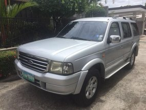 Silver Ford Everest 2005 for sale in Mandaluyong