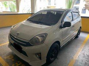 White Toyota Wigo 2016 at 45000 km for sale