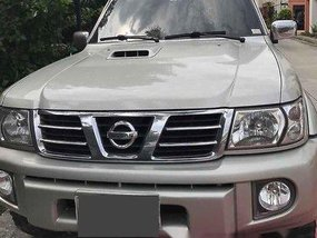 Grey Nissan Patrol 2004 for sale in Automatic