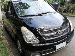 Selling Hyundai Starex 2009 in Makati