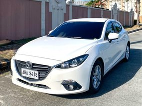 Selling Pearl White Mazda 3 2015 in Quezon