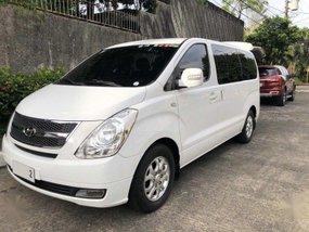 White Hyundai Grand starex 2012 for sale in Manila