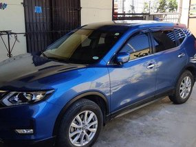 Selling Blue Nissan X-Trail 2018 in Manila
