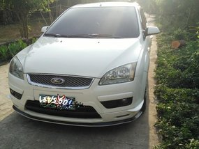 Sell Purple 2005 Ford Focus in Manila