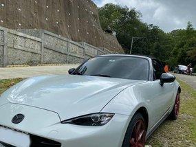 Sell White 2013 Mazda Mx-5 Coupe / Roadster in Manila