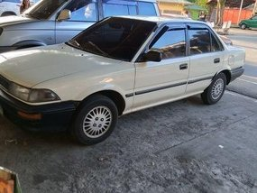 White Toyota Corolla 1990 for sale in Manual