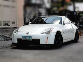 White Nissan 350Z 2004 for sale in Quezon City