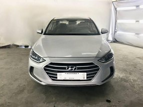 Silver Hyundai Elantra 2017 for sale in Carmona