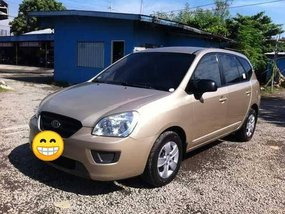 Beige Kia Carens 2007 for sale in Manual