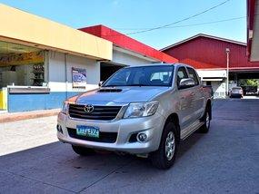 Toyota HiLux 2014 E MT 648t Nego Batangas Area