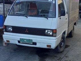 Selling Mitsubishi L300 1997 in Angat