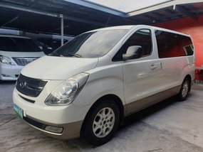 Hyundai Grand Starex 2011 VGT Gold Automatic