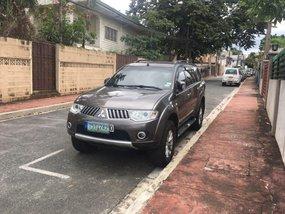 Selling Grey Mitsubishi Montero sport 2012 SUV / MPV in Marikina