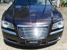 Black Chrysler 300c 2015 for sale in Daraga