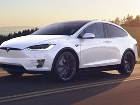 Tesla Model X 2020 Review: The future of smart SUVs