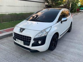 White Peugeot 3008 2013 for sale in Manila