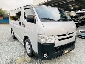 2016 TOYOTA HIACE COMMUTER FOR SALE