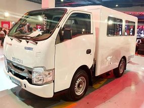 Isuzu Traviz S Cab and Chassis with P130,000 Cash Discount