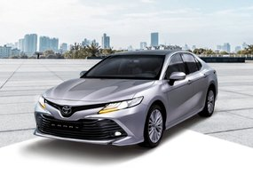 Toyota Camry 2.5 V AT with P147,000 All-in Downpayment