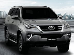 Toyota Fortuner 2.4 G Diesel 4x2 AT with All-in downpayment