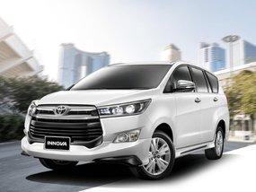 Toyota Innova 2.8 E Diesel AT with All-in downpayment