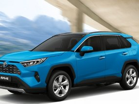 Toyota RAV4 2.5 LE AT with good amortization