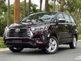 Toyota Innova E DSL AT with good downpayment