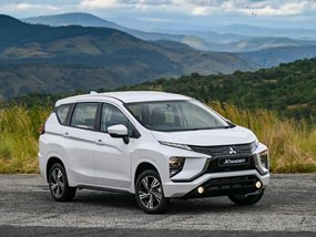 Mitsubishi Xpander GLS AT  with good downpayment