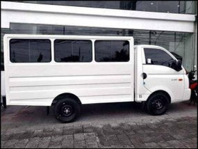 Hyundai H-100 Dual AC With ₱98,000 All-in Down payment