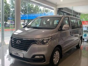 Hyundai Grand Starex Swivel With ₱298,000 All-in Down payment